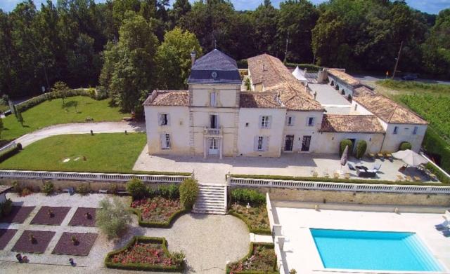 Aerial view of the Château de Lantic