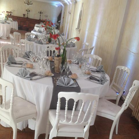 Tables de mariage organisé par le château de Lantic