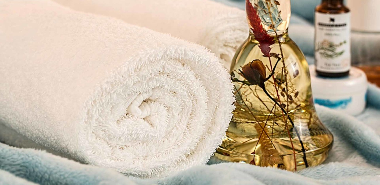 2---massage-therapy-1612308_960_720-version-web