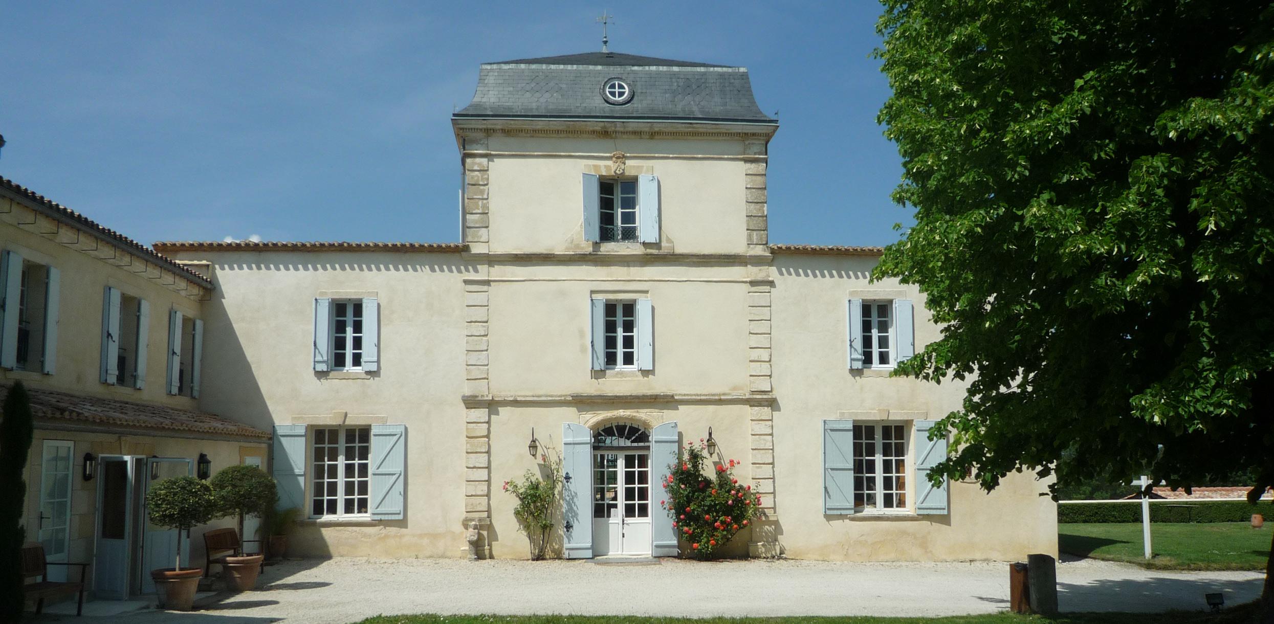 Entrance of the Château de Lantic